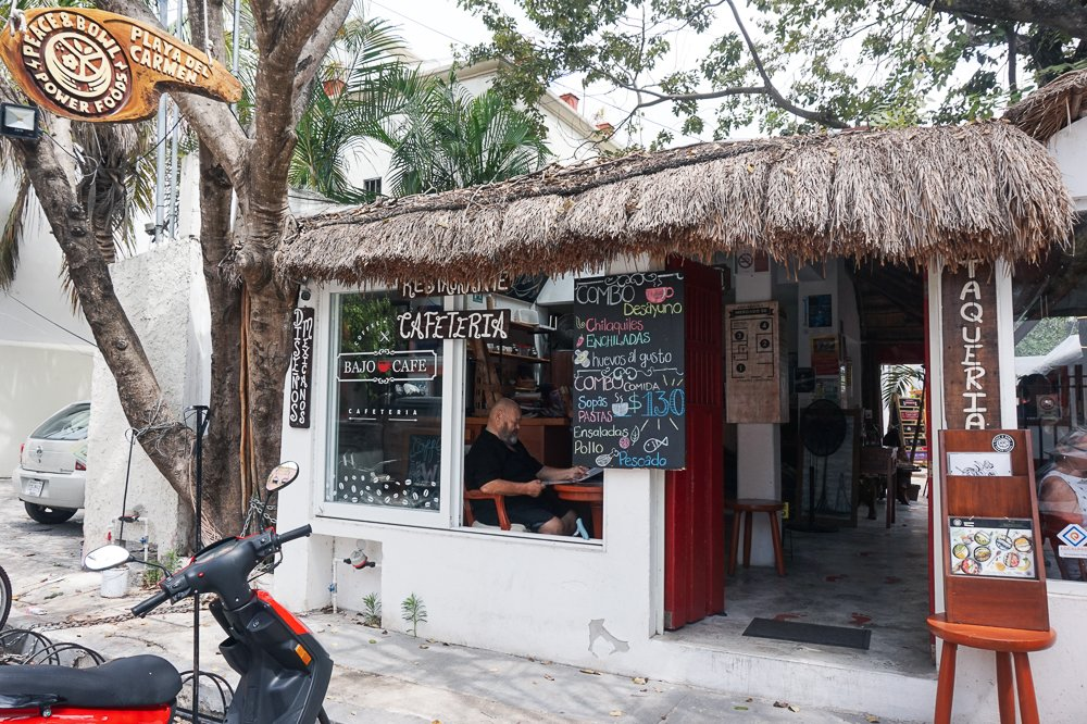 Bajo Cafe Playa del Carmen
