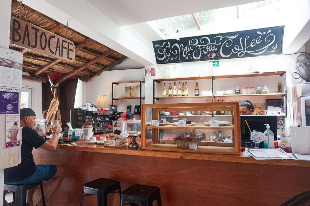 Bajo Cafe Playa del Carmen